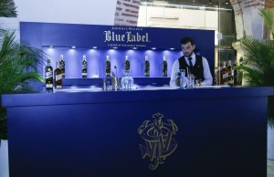 Barra de coctel Blue Label.