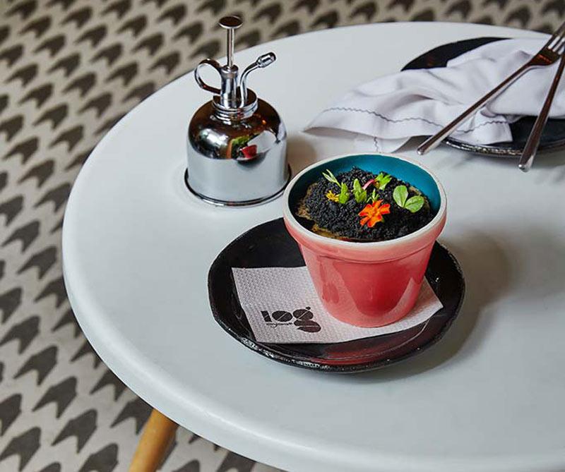 El plato Viaje al centro de la tierra está inspirado en la novela de Julio Verne.