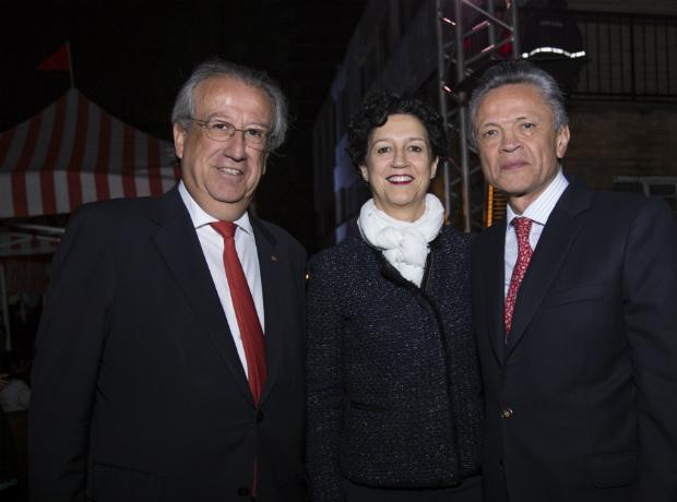 Juan Mayr, María José de Bustos y Ramiro Osorio.