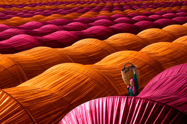 "<div>Categoría viajes, ""Strawberry Greenhouses"" Autor: Leyla Emektar de Turquía.</div>"