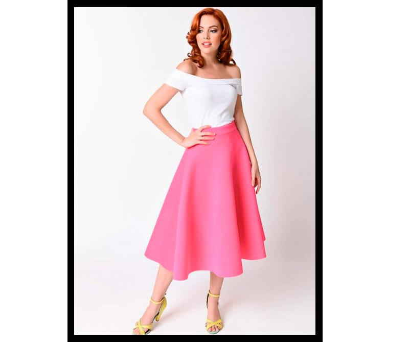 Falta y blusa inspiradas en La Bella Durmiente.