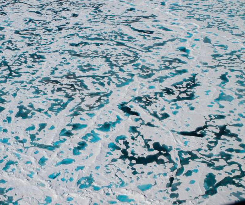 Mar ártico congelado. Foto: NASA