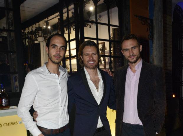 Anthony Halliday, Miguel Such y Cedric Cyrus