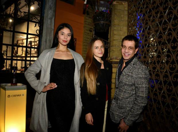 Lore Londoño, Mariana Garzón y Jairo Moreno
