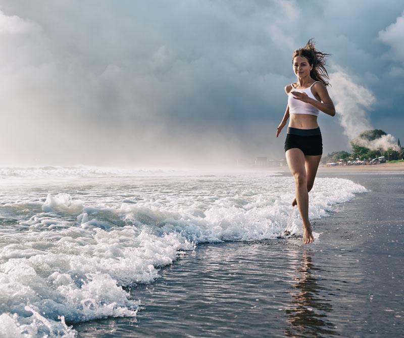 Conozca tres entrenamientos que son tendencia en el mundo: HIIT, donde lo importante es la intensidad; WaveShape, inspirada en los deportes de tabla, y el regreso de los aeróbicos que Jane Fonda puso de moda en los ochenta.