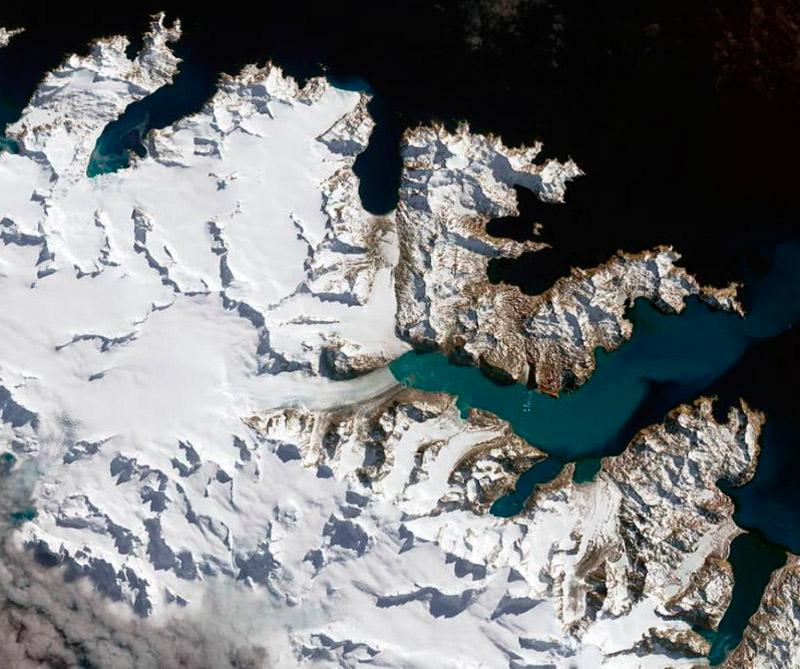 Islas Georgias del Sur (Atlántico Sur). Foto: Satélite Landsat 8.