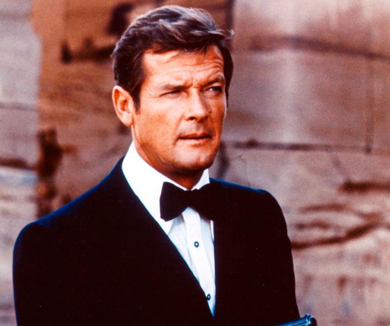 Falleció el británico que más veces interpretó al agente secreto creado por Ian Fleming. Así lo recordamos en Diners.