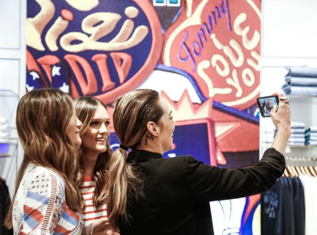 Amelia Ochoa, Elisa Ochoa y Susy Mora