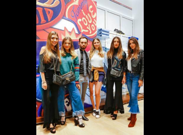 María Iragorri, Mara Plata, Nelson Rueda, María Alejandra Velilla, Carolina Londoño y Andrea Marmolejo.