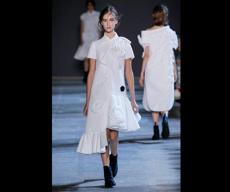 Los vestidos están diseñados con varios cuadros de Picasso y rostros de mujeres. Foto: @viktor_and_rolf.