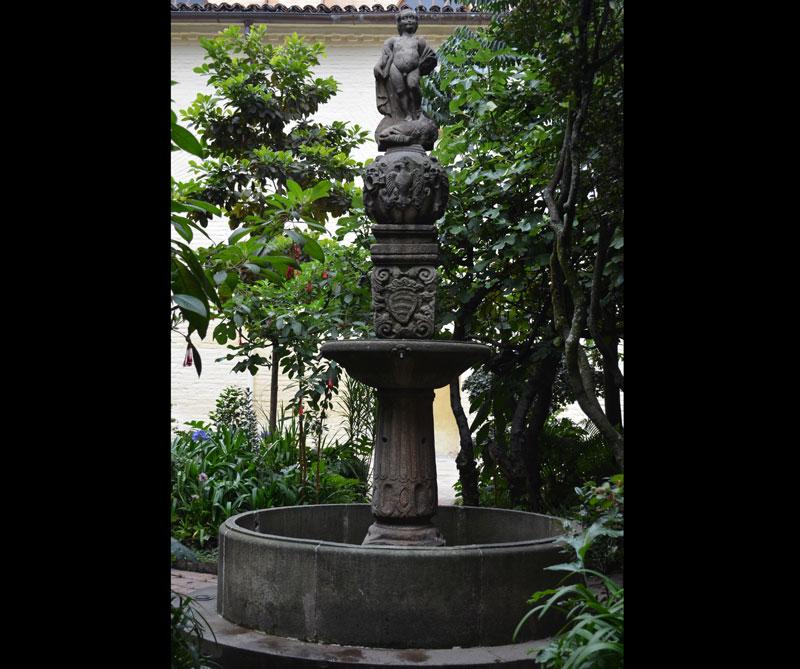 El 'Mono de la Pila' representa a San Juan Bautista niño.