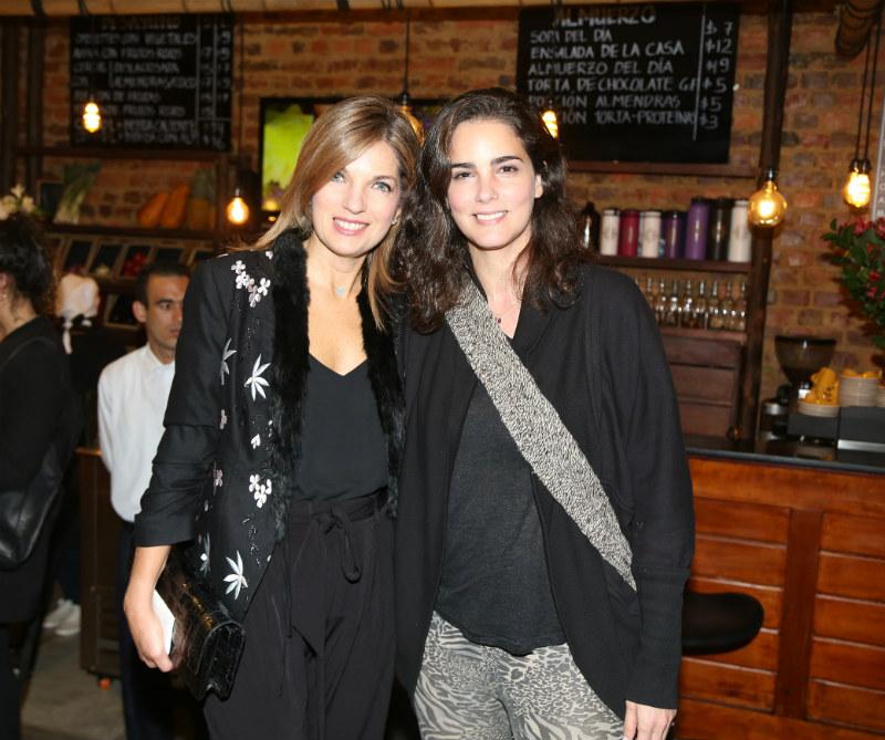 Alexandra Pumarejo y María Luisa Flores.