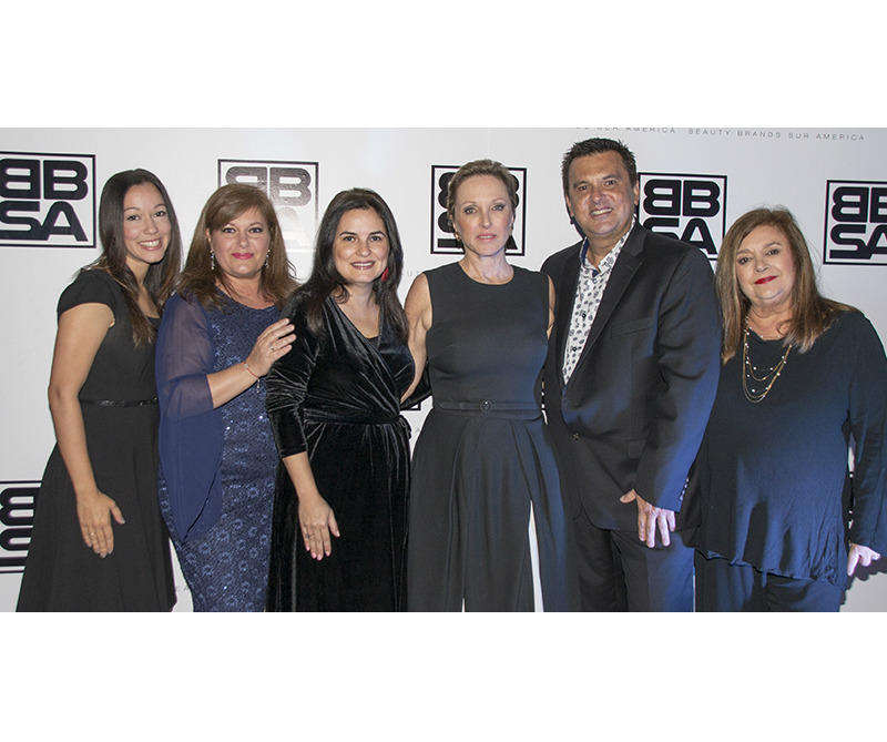 Jennifer Alier Gabriela Leno Lorena Milanés Barbara Kern Luis M. León y Alice Peterson.