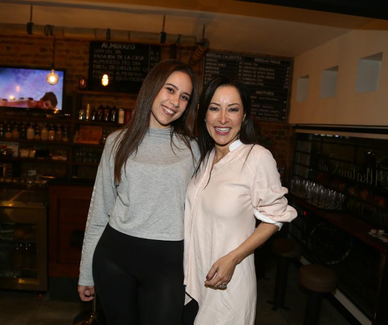 Leticia Dos Santos y Flavia Dos Santos.
