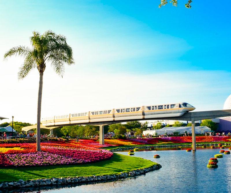 Orlando, Florida: esta ciudad se relaciona siempre con vacaciones, sol, aventura y diversión, gracias a los parques temáticos de Disney y Universal, que combinados reciben más de 50 millones de visitantes al año. Pixabay/ https://tinyurl.com/yb49jsjd.