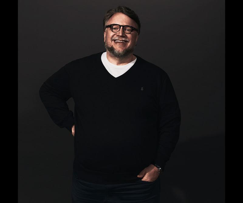 El cineasta mexicano recibió el premio al mejor director en la ceremonia de los Globos de Oro gracias a su película La forma del agua, y cuenta con 13 nominaciones al Oscar. Diners conversó con él sobre esta particular historia.