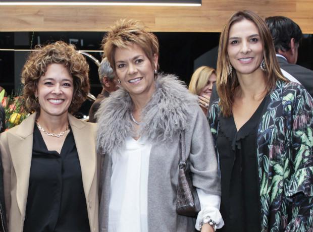 Rosita Manrique, Ana Maria García y María Ángela González.