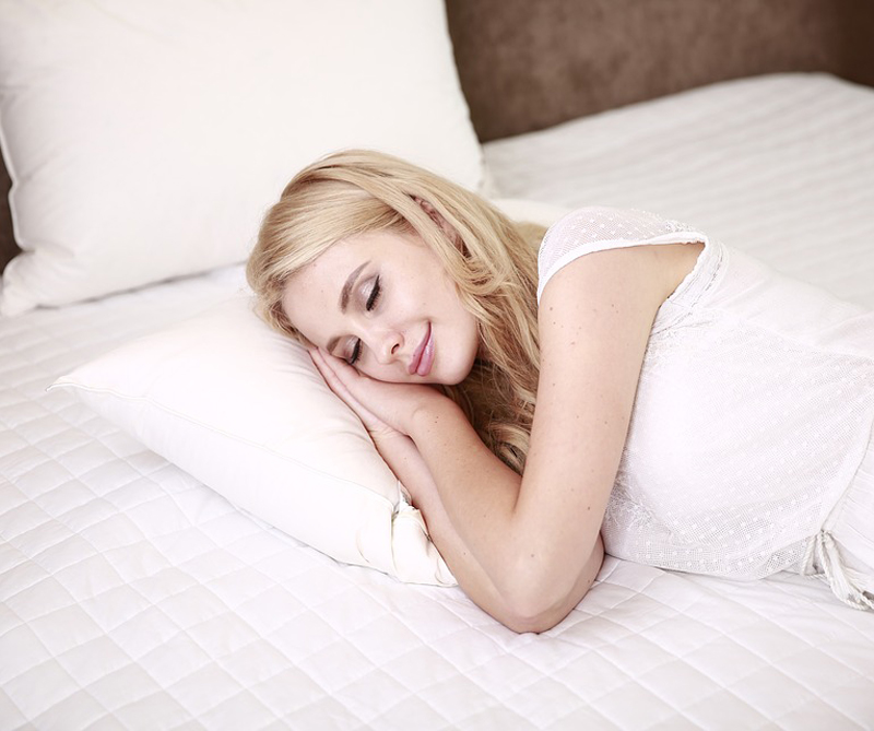 Boca abajo, de costado o boca arriba. Las posiciones en las que dormimos afectan más la salud de lo que creemos. Conozca aquí cuál es la mejor.