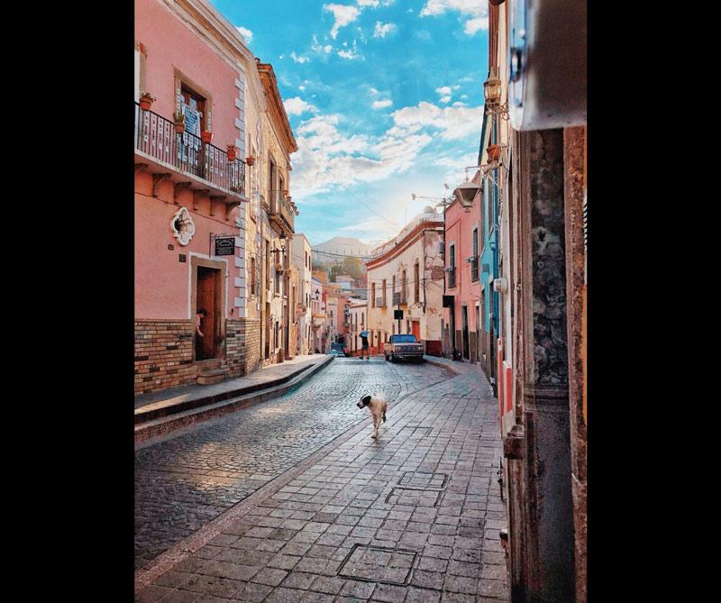 Gerardo Sandoval, México @ gess8 Gerardo es un fotógrafo mexicano y diseñador gráfico nacido en Guadalajara, Jalisco.