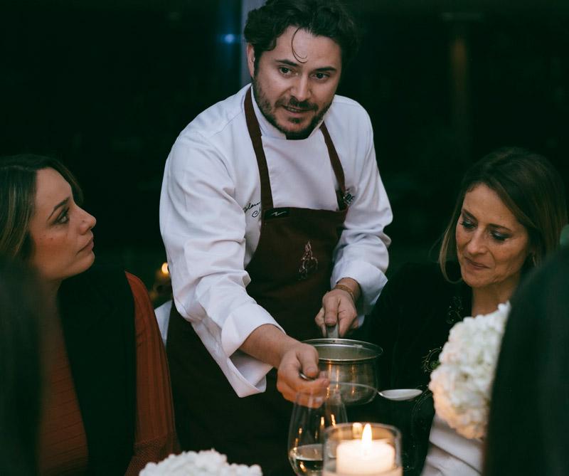 <div>Alejandro Cuéllar, chef colombiano.</div>