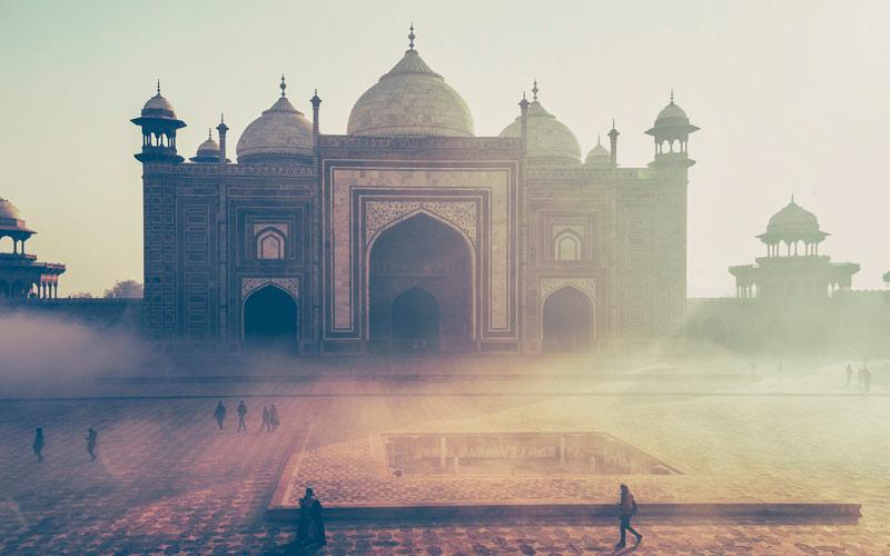 <div>India</div>